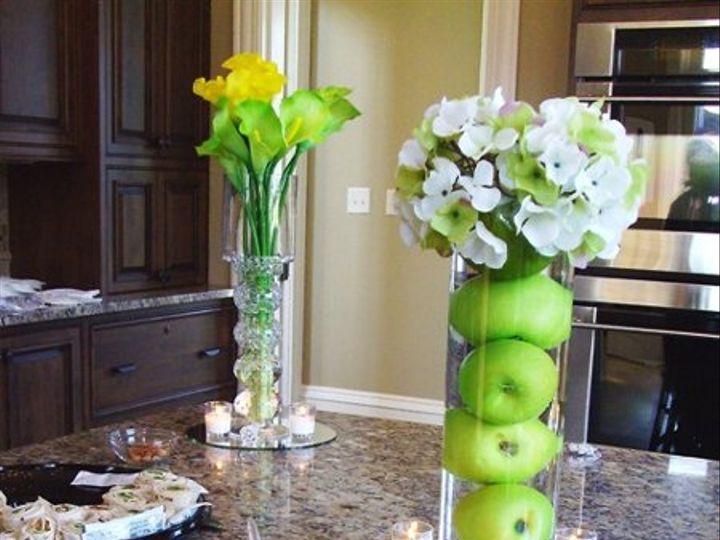 Tmx 1320385486896 Monicareception3 Knoxville wedding florist