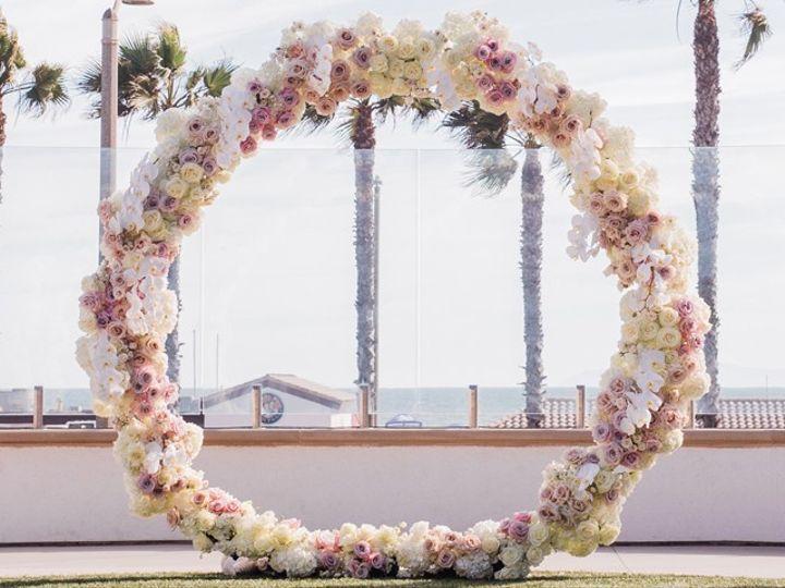 Tmx Flower Circle 51 24287 157869527848627 West Bloomfield, MI wedding florist