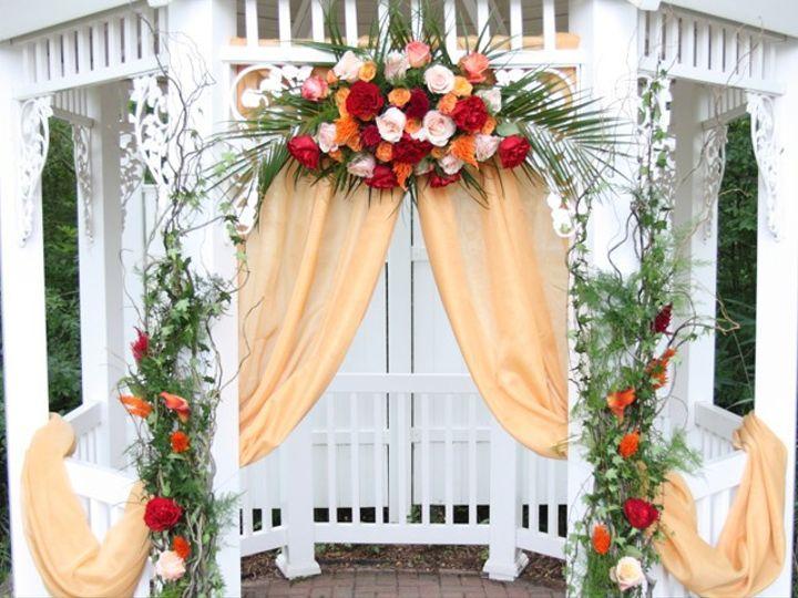 Tmx Gazebo2 51 24287 1558554920 West Bloomfield, MI wedding florist