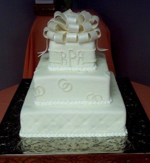 Tmx 1280655434779 SquareFondantWeddingCake Long Beach wedding cake