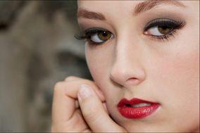 Natalie Hayes- Celebrity Makeup Artist