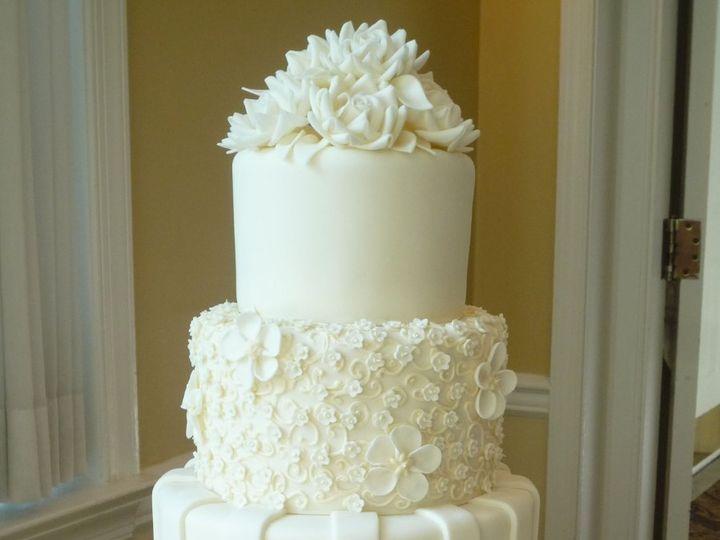 Tmx 1349657314401 Fondant11 Hatboro, Pennsylvania wedding cake
