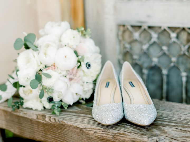 Bridal bouquet and shoes | Image: Melanie Julian Photography