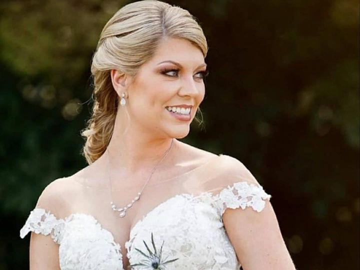 Tmx Img 1021 51 1940387 158326983458484 Knoxville, TN wedding florist