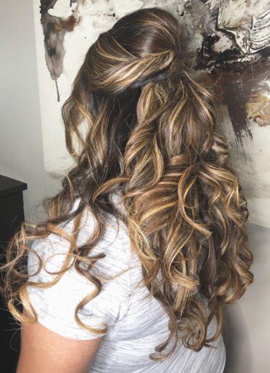 Romantic curls