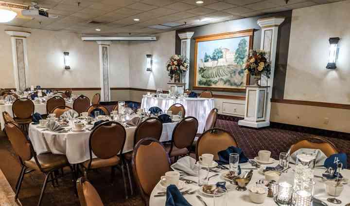 Ilio DiPaolo's Restaurant & Banquet Facility