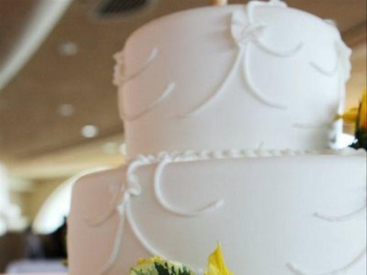 Tmx 1324606433246 1626761446010755958361445970189295752309173713419n Verona, WI wedding cake