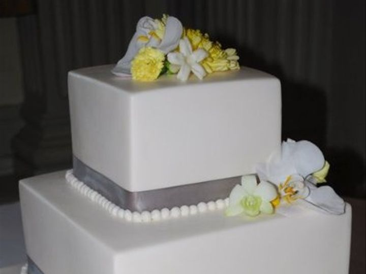 Tmx 1324606458554 2681161908155643077201445970189295754809425249105n Verona, WI wedding cake