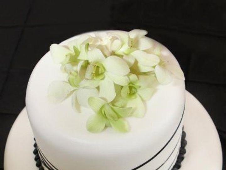Tmx 1324606474726 30017922024897803104514459701892957556504647928111n Verona, WI wedding cake