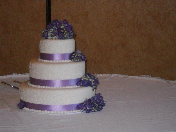 Tmx 1324606481607 316980237475339641742144597018929575619271931789191n Verona, WI wedding cake