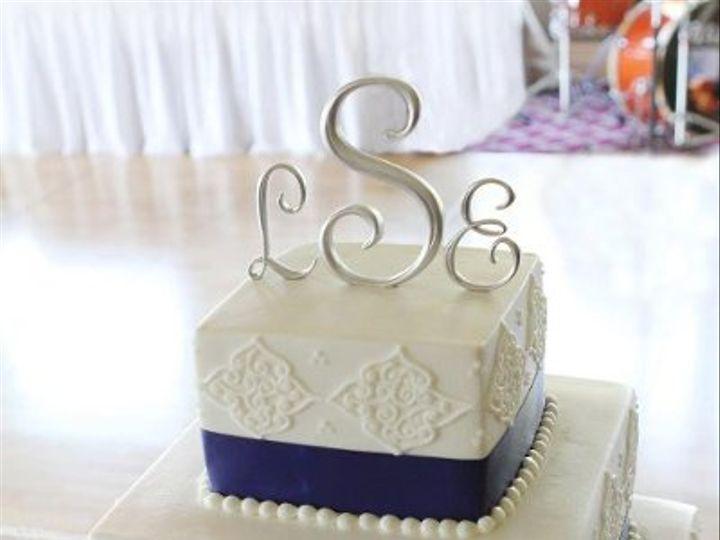 Tmx 1324606485116 317657220249058031037144597018929575565047105168167n Verona, WI wedding cake