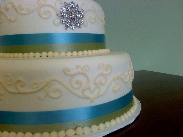 Tmx 1324606511255 394361445995355959901445970189295752308978105992n Verona, WI wedding cake