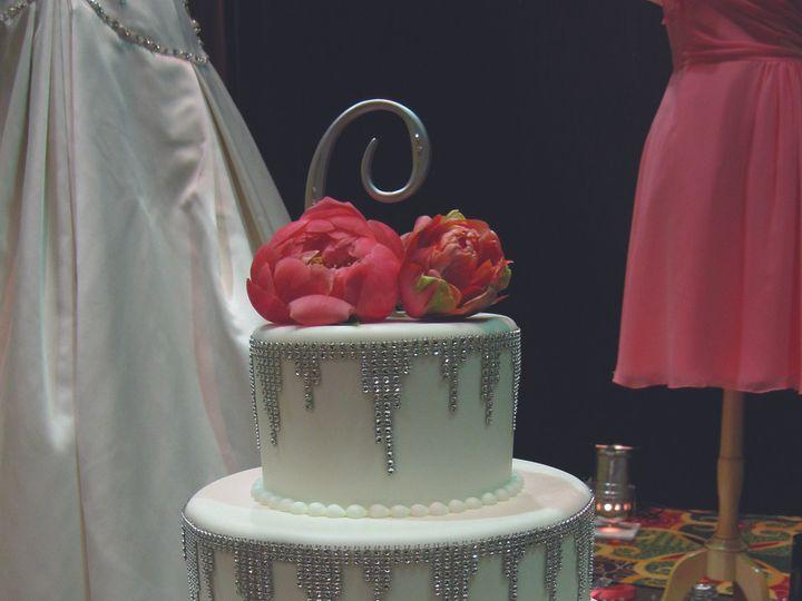Tmx 1452908462112 Classicimg1462cmyk300 Verona, WI wedding cake