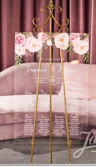 Acrylic wedding seating chart