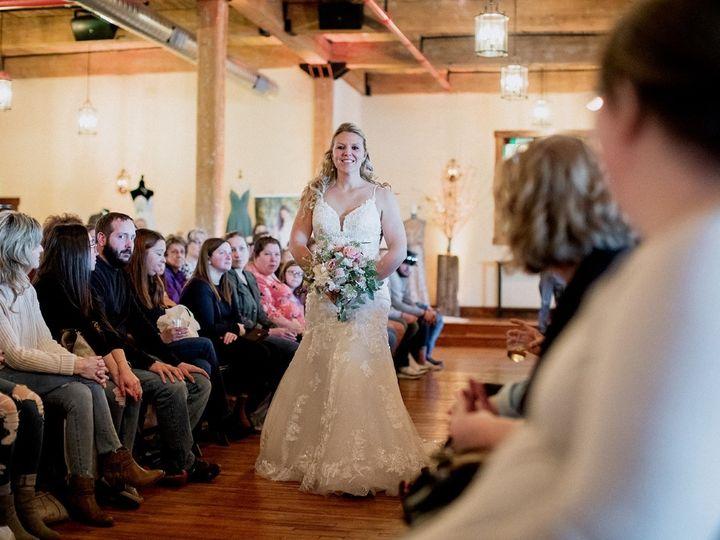 Tmx Thumbnail Rr 29 51 1572487 158092076352183 Lewisburg, PA wedding dress