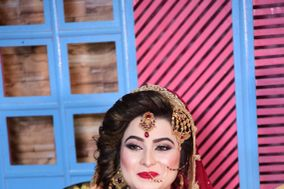 Hair and Makeup by Alishba