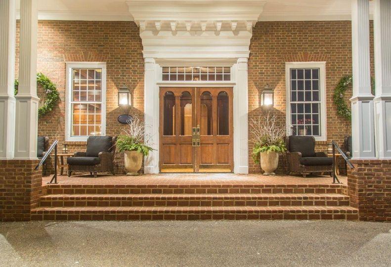 Delafield Hotel front porch