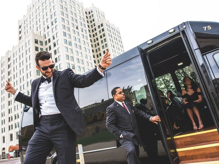 Tmx Kay Jeremy Wedding 0279 1 51 326487 158031945589490 Saint Louis, MO wedding transportation