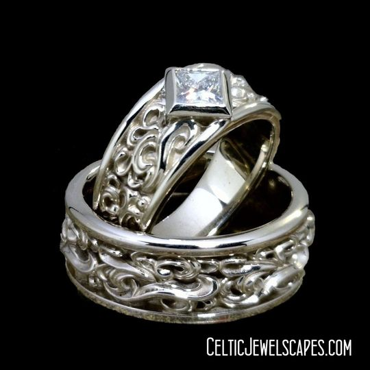 Cascade in Bright 14KT White Gold with Diamond