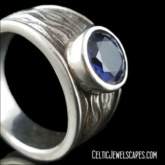 Ripples in Antique 14KT White Gold
