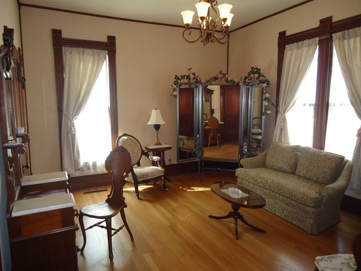 Crozier Bridal House