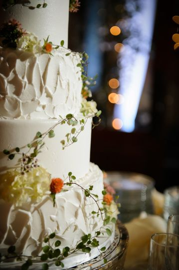 Baby's breath on cake
