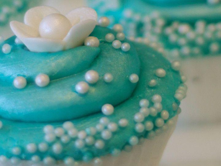 Tmx 1474902295323 Cupcake Turquoise Pearls Whitewater wedding cake