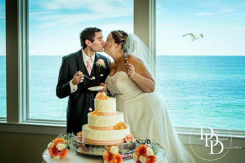 seaglass restaurant wedding photographer