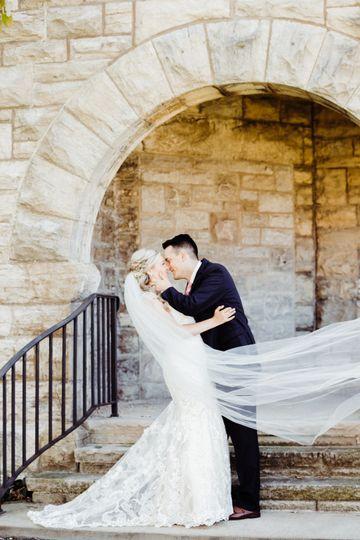 Romantic kiss - Sami G Photography