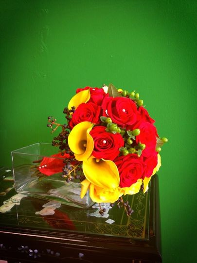 bridal bouquet rose and calla lily