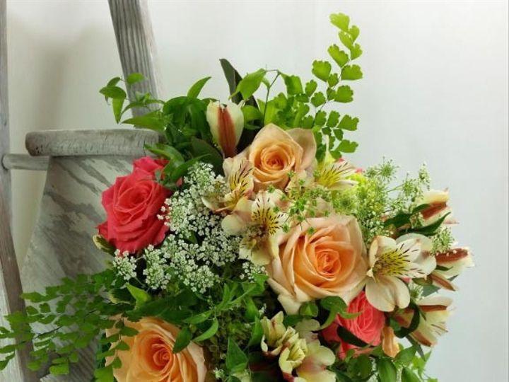 Tmx 1459574044000 Bb1101 Petal Angel And Coral Reef Loose And Natura Oregon City, OR wedding florist