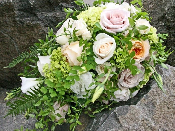 Tmx 1459574086065 Bf0554 Natural Cascading Boquet Oregon City, OR wedding florist