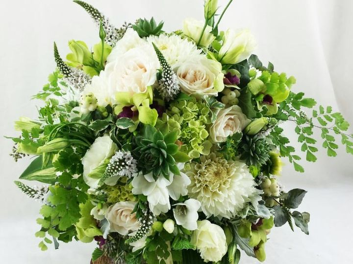 Tmx 1459656045309 Bb1006 Organic Green And White Brides Bouquet Oregon City, OR wedding florist