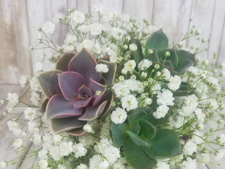Tmx Bb1412 Succulant And Babys Breath Bouquet Jpg 51 42687 Oregon City, OR wedding florist