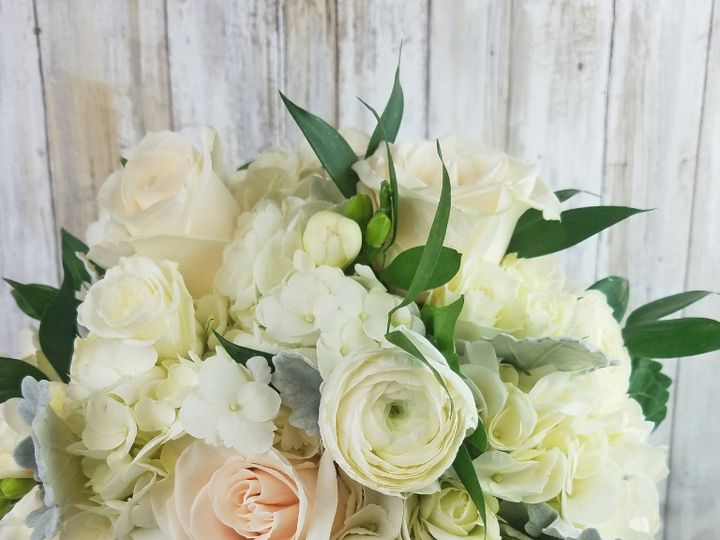 Tmx Bb144 Romantic White And Green Brides Bouquet 51 42687 Oregon City, OR wedding florist