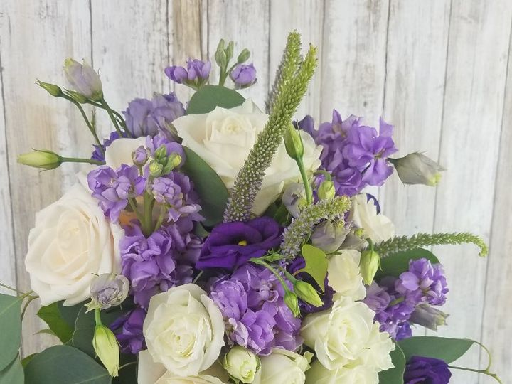 Tmx Bb1441 Relaxed And Natural Purple And Lavender Brides Bouquet 51 42687 Oregon City, OR wedding florist