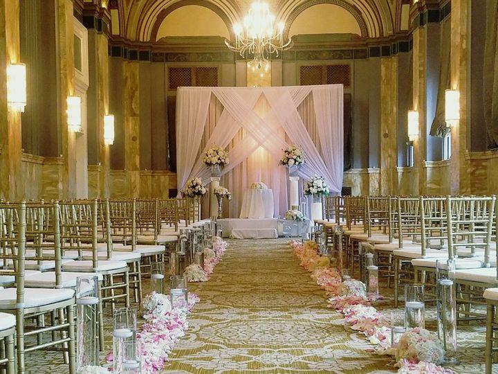 Tmx Cf09237 Romantic Blush And White Wedding Aisle 51 42687 V2 Oregon City, OR wedding florist