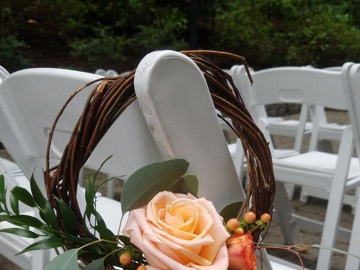Tmx Cf09241 Wreath Aisle Marker 51 42687 Oregon City, OR wedding florist