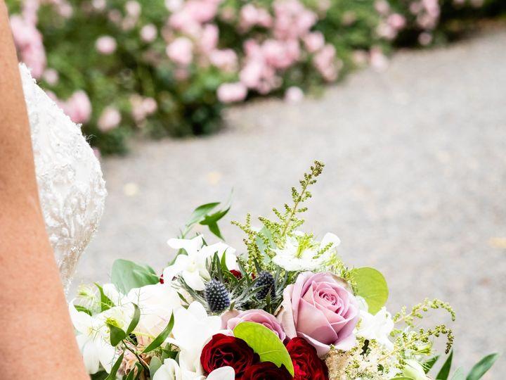 Tmx Kelly Bobby Wedding Details 129 1 51 42687 158050642749988 Oregon City, OR wedding florist