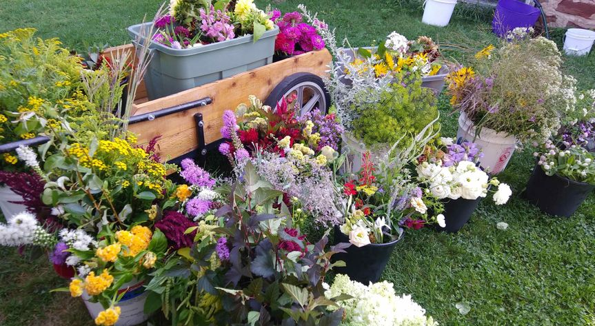 Example of Buckets of Blooms for those interested in doing their own bouquet design.