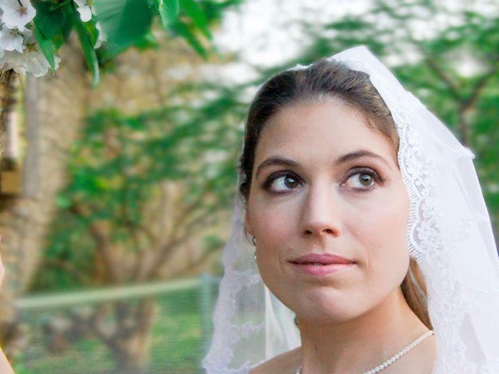 Tmx 1536350576 9cd2613fe0c3e06d 1536350575 83ce076947331095 1536350578316 1 Make2 Yorktown wedding beauty