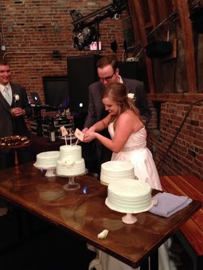 Tmx 1431288757188 Cake Cutting2 Lenexa wedding eventproduction