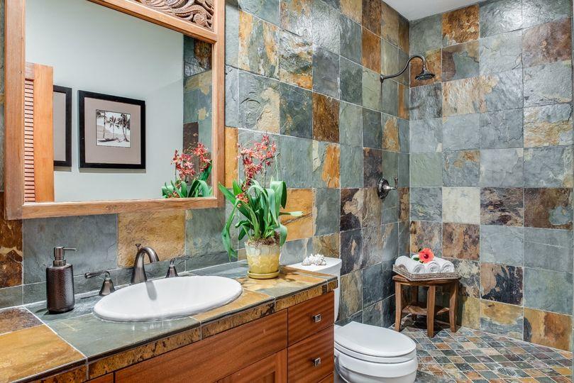 Honu Bathroom