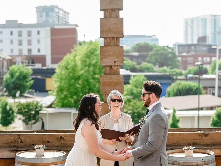 Tmx 61994173 1520917664704773 5178025272275894272 N 51 769687 1561679485 Nashville, TN wedding officiant