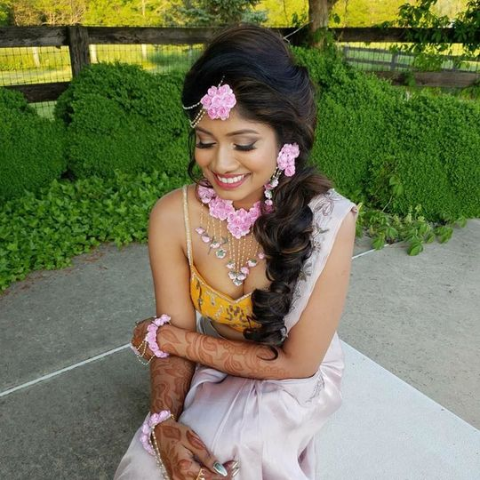 Henna Party's Makeup & Hair