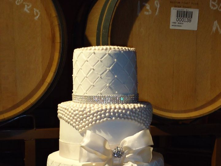 Tmx 1347257068090 DSC00013 Temecula wedding cake