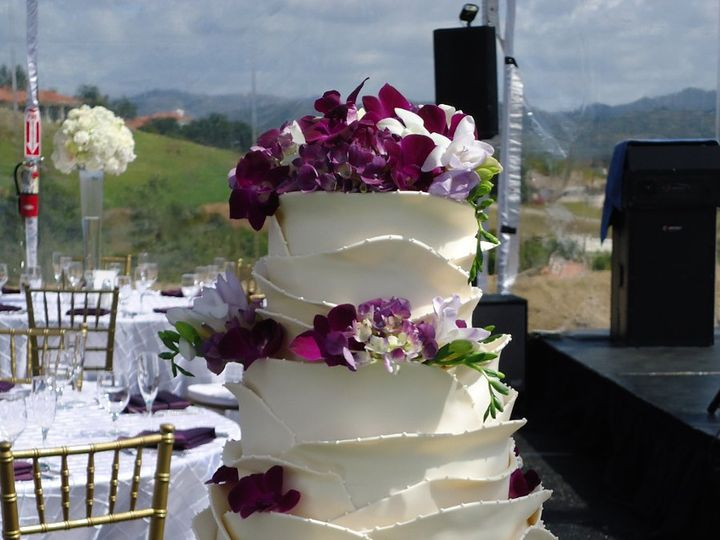 Tmx 1347257184434 DSC00354 Temecula wedding cake