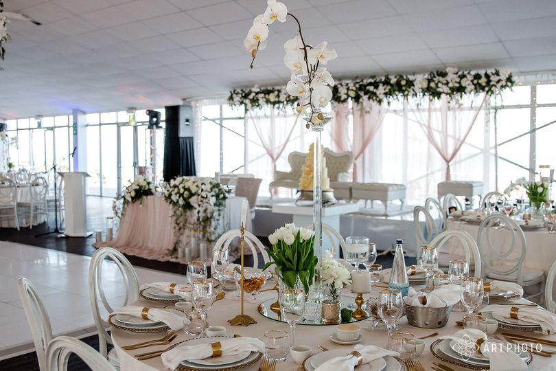 Gold and White Styling