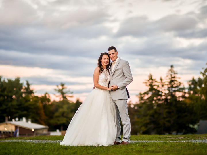 Tmx 0663 51 1062787 1558455159 Raymond, ME wedding videography