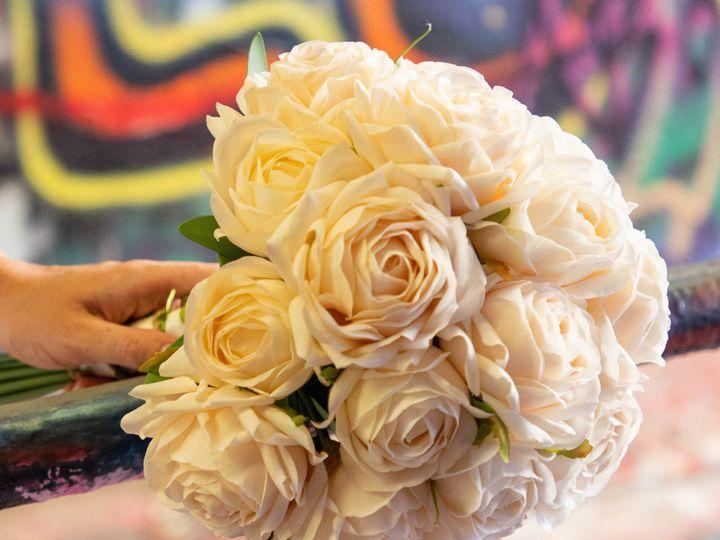 Tmx Classic1 51 1972787 159293806985194 Raleigh, NC wedding florist